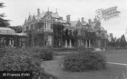 Frensham, Frensham Hill Military Hospital 1917