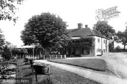 Frensham, Hotel 1902