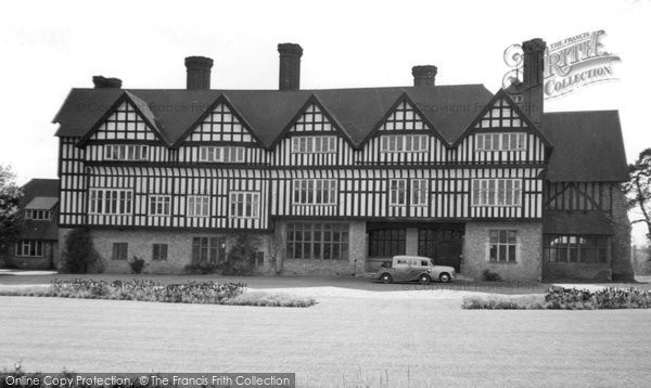 Photo of Frensham, Pierrepont School c1960
