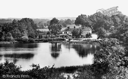 Frensham, Pond Hotel 1925