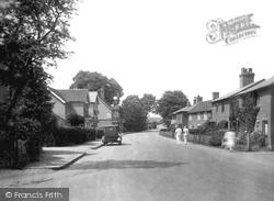 Frimley Green Road 1927, Frimley