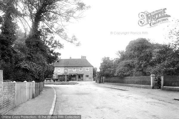 Frimley, 1901