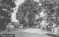Frimley, The Kings Head 1909