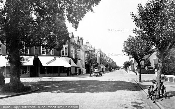Frinton-on-Sea © Copyright The Francis Frith Collection 2005. http://www.francisfrith.com