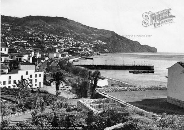 Photo of Funchal, Avenida Do Mar c.1955