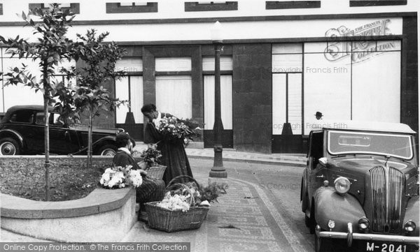 Photo of Funchal, Flower Sellers c.1955