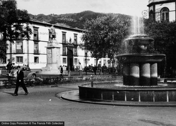 Photo of Funchal, Praca Dos Restauradores c.1955