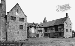 Gainsborough, The Old Hall c.1955