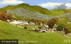 The Village c.1955, Ganllwyd