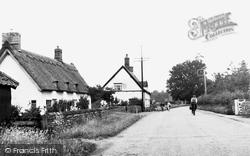 Bury St Edmunds Road c.1955, Garboldisham