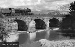 Six Arches, Engine 44737 c.1960, Garstang