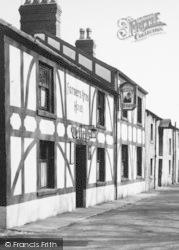 The Farmer's Arms Hotel c.1955, Garstang