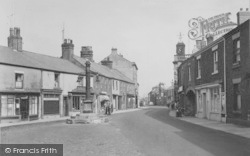 The Market Place And Cross c.1955, Garstang