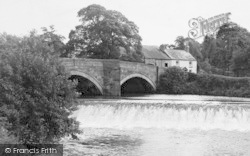 The River Bridge And Weir c.1950, Garstang