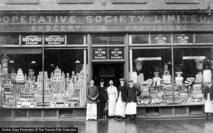 Photo of Gateshead, Grocery Store, Wrekenton 1911