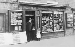 Gateshead, Robinson's Newsagent, Durham Road 1903