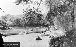 Gateshead, Saltwell Park, Children's Boating Lake c.1955