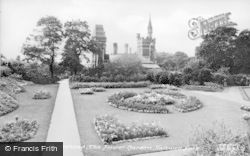 Gateshead, Saltwell Park Flower Garden c.1955