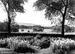 Gateshead, The Lake, Saltwell Park c.1955