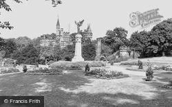 Gateshead, The Memorial, Saltwell Park c.1955