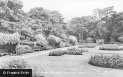 Gateshead, The Rose Garden, Saltwell Park c.1955