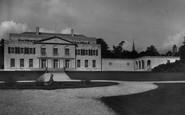 Gatton, Hall 1933