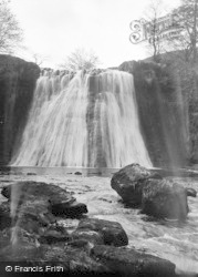 Gayle, Aysgill Force And Rocks c.1932