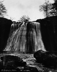 Gayle, Aysgill Force And Rocks c.1935