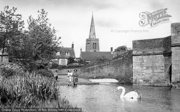 Photo of Geddington, the Ford c1955