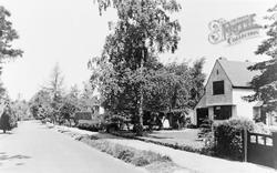 Gerrards Cross, Duke's Wood Avenue c.1950