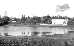 Gerrards Cross, The Pond c.1960