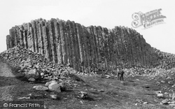 Giant's Causeway, Giants Loom 1897