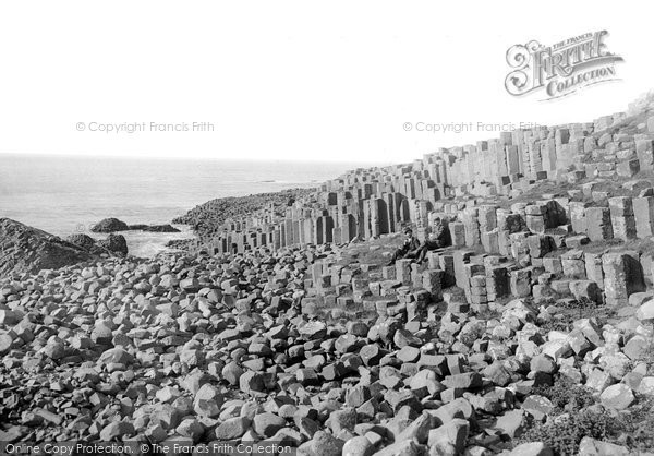 Photo of Giant's Causeway, Lord Antrim's Parlour  c.1897