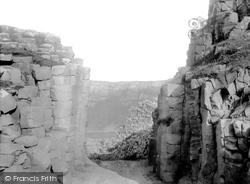 Giant's Causeway, The Gateway  c.1897