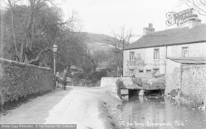 Photo of Giggleswick, On The Tems c.1900