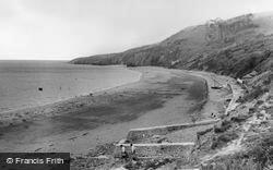 Gilfachrheda, Cei Bach Beach c.1960