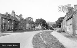 North End c.1935, Gilling West