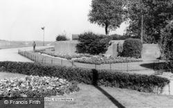Gillingham, The Gardens c.1960