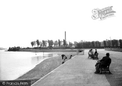 Old photos of gillingham francis frith - The strand swimming pool gillingham ...