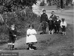 Village Children 1899, Gilmerton