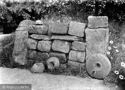 Gilsland, The Vicarage, Roman Altars And Stones 1924