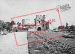 The Castle 1964, Gisors