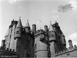 Castle 1954, Glamis