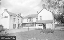 Glasbury On Wye, Maesllwch Arms Hotel 1962