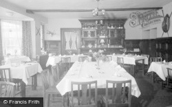 Glasbury On Wye, Maesllwch Arms Hotel, The Dining Room 1962