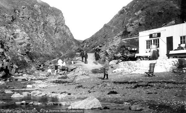 Photo of Glen Maye, From The Shore 1895