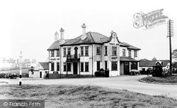 Glentham, Moncks Arms Hotel, Caenby Corner 1953