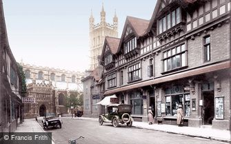 Gloucester, Cathedral Approach 1923