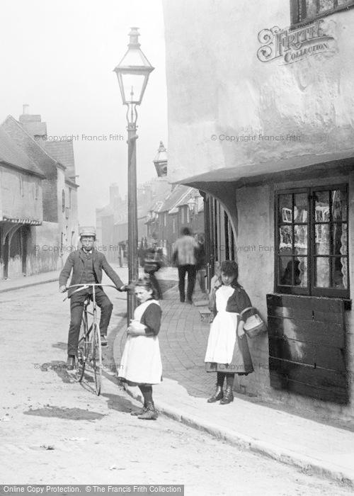 Photo of Gloucester, Children, Hare Lane 1892