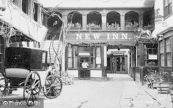 Gloucester, New Inn c.1960